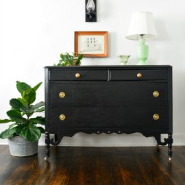 Country Chic Liquorice Dresser with Pocket Watch Pulls