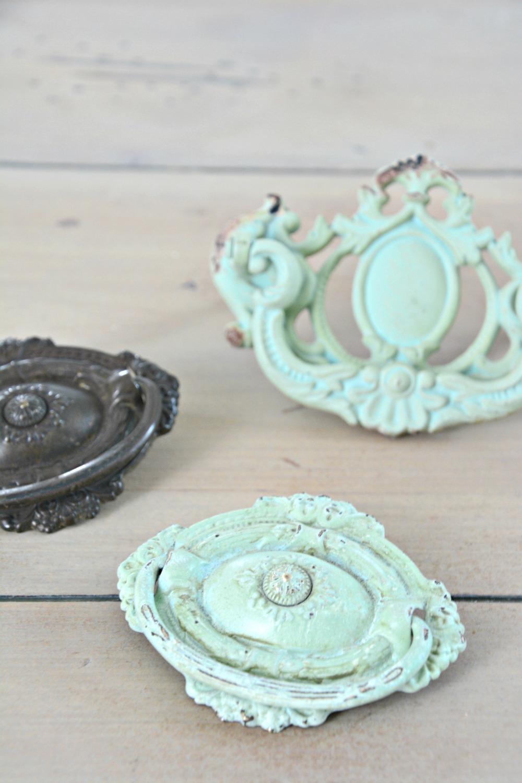 pistachio-hardware-pulls-diy