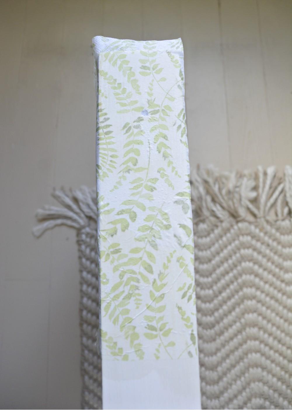 napkin-decoupage-polycrylic