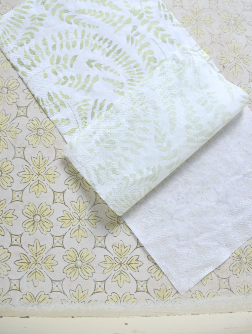 napkin-for-decoupage