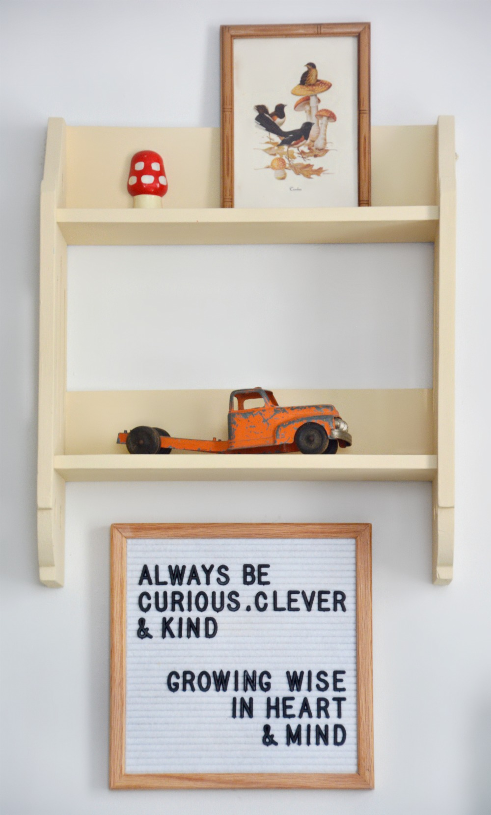 shelf-and-curious-clever-kind-quote-written-by-jessica-of-petal-and-ply