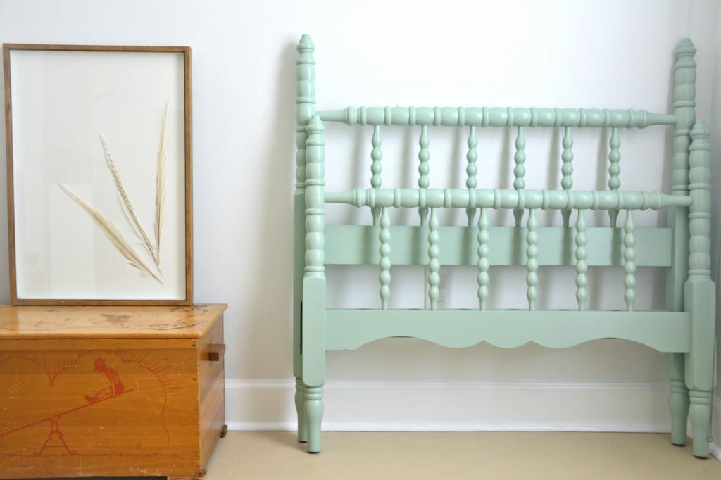 starry-woods-spindle-bed-frame